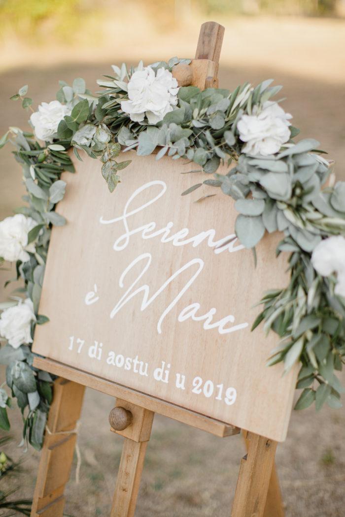 panneau accueil bois - mariage Corse - création byLFDP